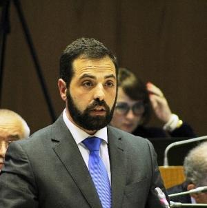 """Deputado do PCP Açores acusa SATA de fazer """"boicote"""" à Ilha do Faial"""