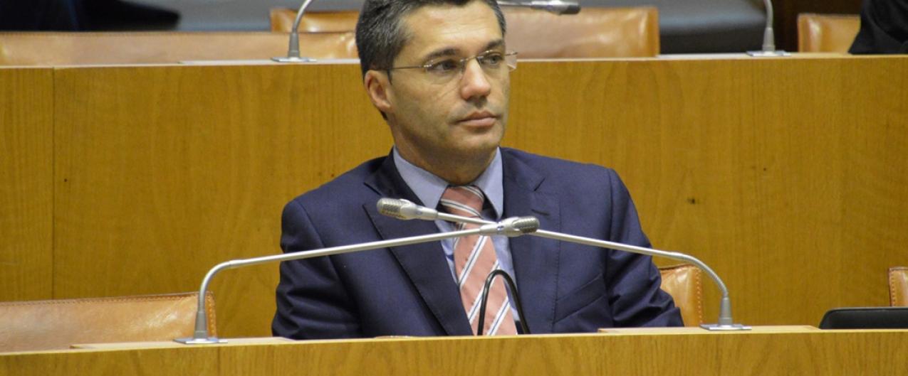 PSD Açores volta a denunciar degradação do entreposto frigorífico da Horta e defende a sua urgente requalificação