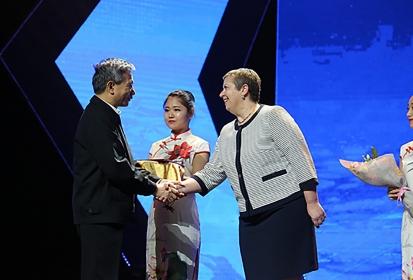 """Na China: Ana Paula Vitorino nomeada """"Embaixadora Global dos Oceanos"""""""
