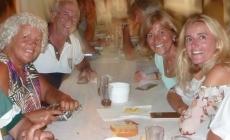 """Clube Naval da Horta: Centenas de locais e estrangeiros no """"Caldo de Peixe"""" que remonta às raízes da Semana do Mar, em 1975"""