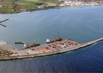 China poderá estar interessada no porto da Praia da Vitória