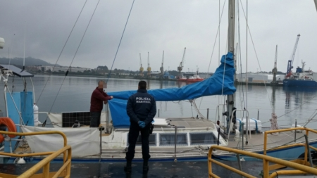 Covid-19 // Polícia Marítima interceta veleiro francês que tentou atracar em Viana do Castelo