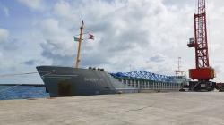 Porto da Praia da Vitória recebeu nova grua portuária