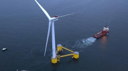 Portugal // Zarpou a última plataforma do primeiro parque eólico flutuante semi-submergível do mundo