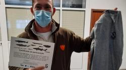 SOS TubaProf ofereceu a T-shirt do projeto a todos os pescadores que participaram na formação