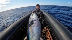 Picoense Paulo Afonso bate recorde europeu com atum de 115 quilos