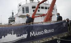 Ricardo Serrão Santos visita Navio de Investigação Mário Ruivo